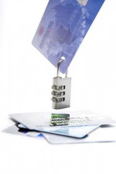 Payment Gateway Safe, Key and Credit Cards